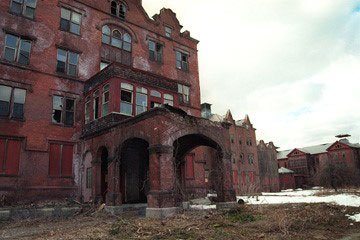 The front entrance of the abandoned Northampton State Hospital, 2001.