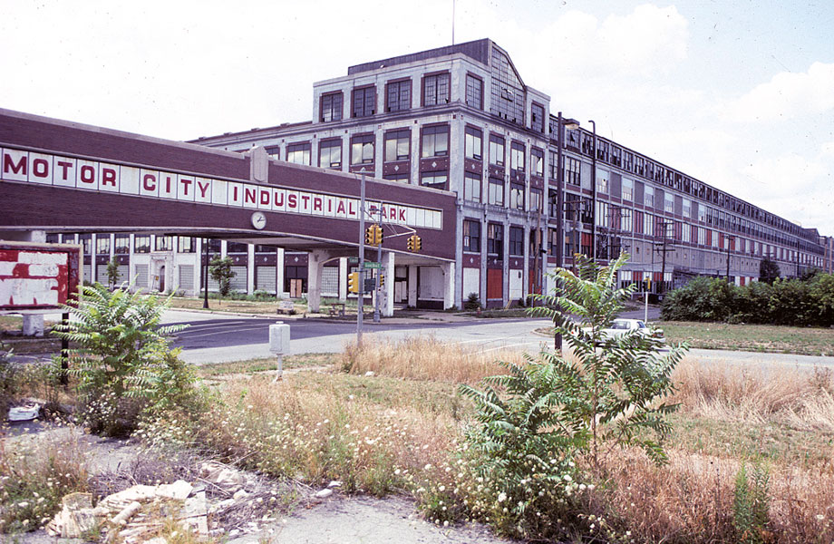Former Packard Plant on East Grand Boulevard in Concord, Detroit, 1991.