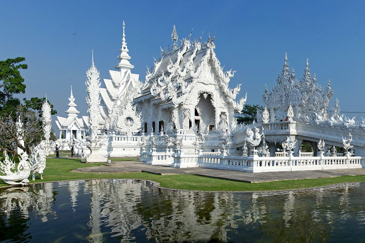 Wat Rong Khun Temple. Photo by Alpha Coders user Psytrance