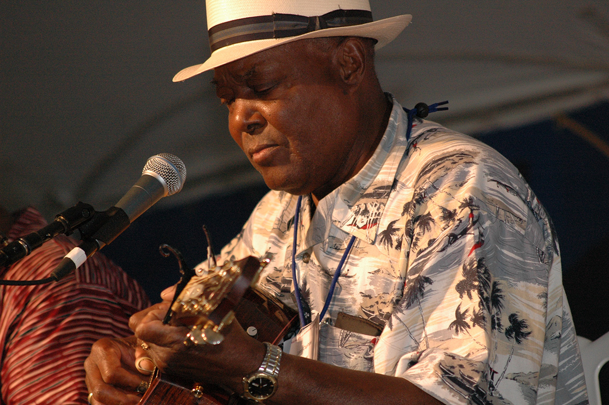 John Cephas at the 2006 Smithsonian Folklife Festival. Photo by David Hobson, Ralph Rinzler Folklife Archives