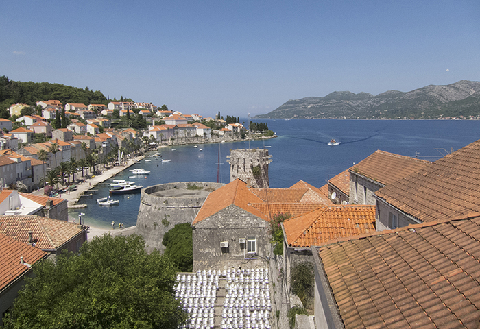 Dance, Cultural Revitalization, and Continuity in Korčula, Croatia