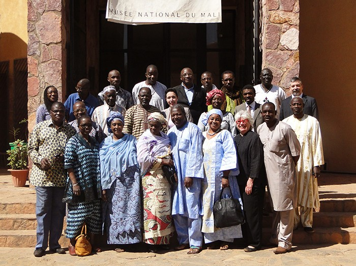Participants in the Regional Training Seminar for West African Museum Professionals assemble on the steps of the National Museum of Mali in Bamako, January 2014. Photo by Corinne Wegener
