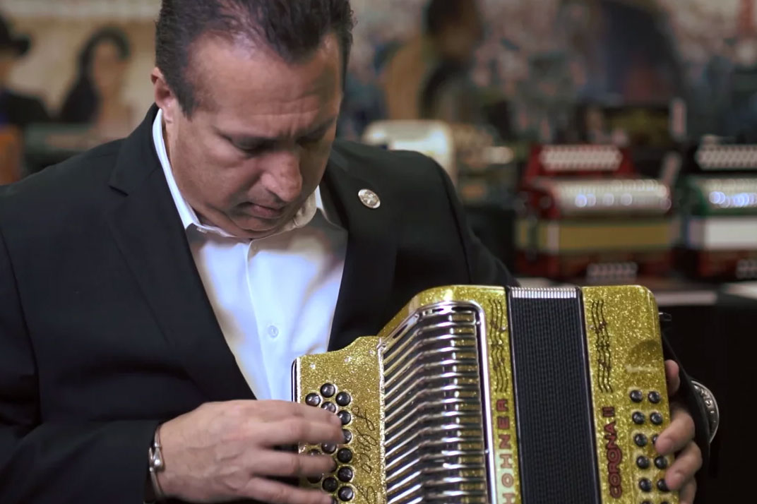 The Remarkable Rebirth of the Button Accordion | Smithsonian