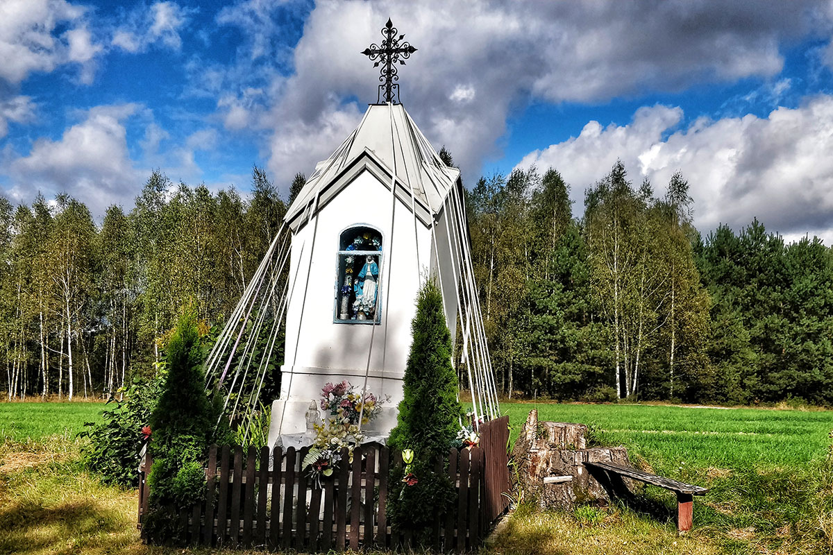 "Shrine in eastern Mazowsze, September 2020. Zuzanna Szartel grew up moving from town to town in this region. In Mazowsze, she says, ""Every evening in May you can see women on the road by shrines outside the villages, praying and singing hymns… It's more of a feminine thing for me."" Photo courtesy of Zuzanna Szartel"
