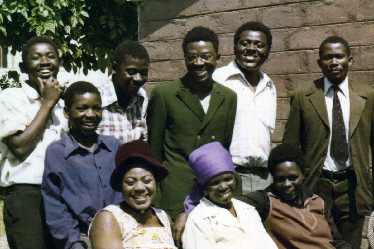 Banda family photo, circa 1978. Back left to right: Charros, Enos, Moffat, Daniel, Beston, Jeffrey Linga. Front left to right: Diana, Fanisa (mother), Emily. Photo courtesy of Enos Banda