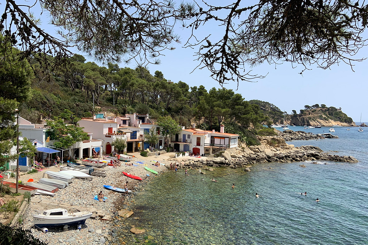 Homes in Palamós owned by fishermen and their families. Photo by Josi Miller