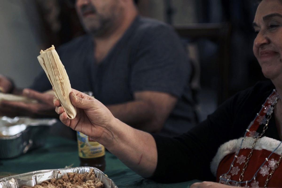 La Tamalada: A Christmas Tamale Tradition
