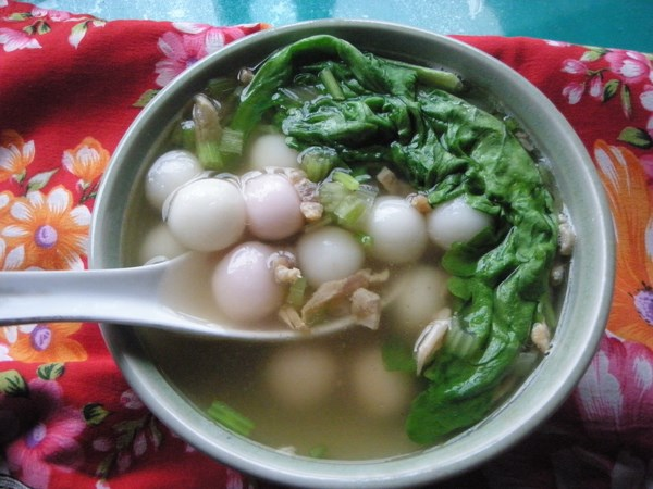 Holidays in a Hakka Home: Rice Ball Soup