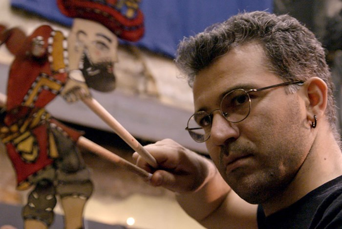 A Kurdish Immigrant Finds His Voice through Puppets