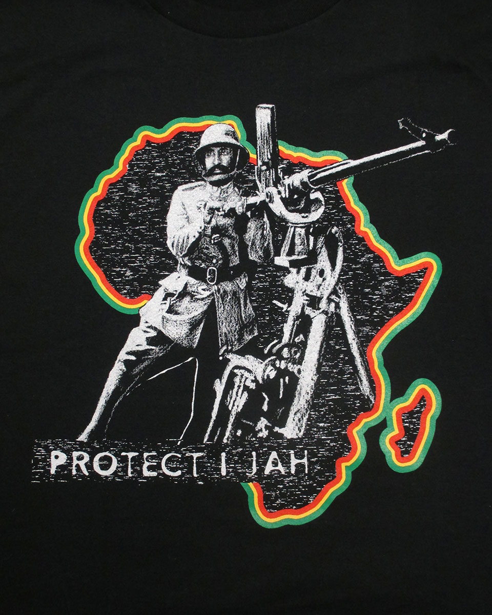 Illustration of a man dressed in military gear, holding a weapon, over a silhouette of the African continent, outlined in green, yellow, and red, on a black background.