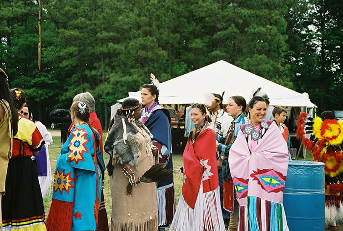 Communities gather at a Virginia powwow, 2007.