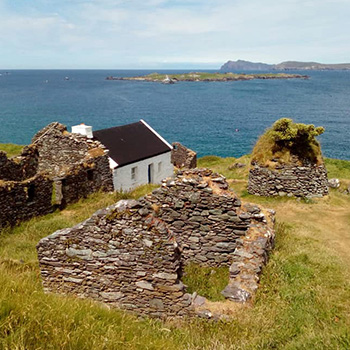 Language as a Story: Learning Irish in Corca Dhuibhne