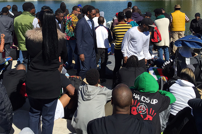 Crowds at the Million Man March anniversary in front of Capitol Reflecting Pool. Photo by Diana N'Diaye