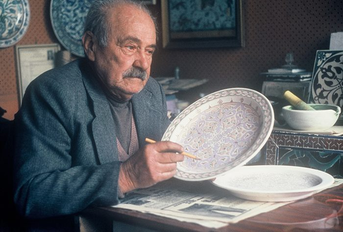 Ahmet Şahin in his studio. Şahin participated in the 1986 Smithsonian Folklife Festival as a cultural conservation participant. Photo courtesy of Henry Glassie